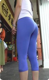 紧身瑜伽裤,绝对劲爆的视频