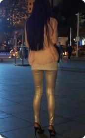街拍无法抗拒的高跟美腿