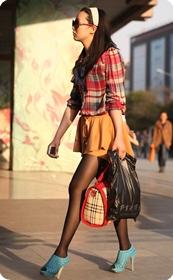 红格衬衫短裙裤