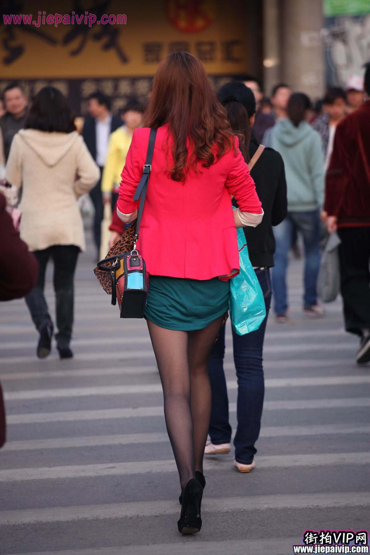 红套衫绿裙5