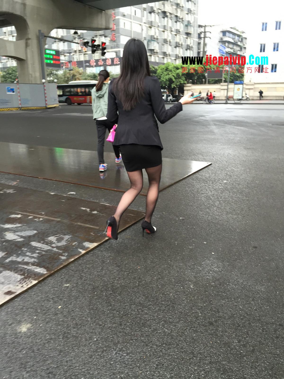 街拍职业OL美女,黑丝高跟,短裙包臀12