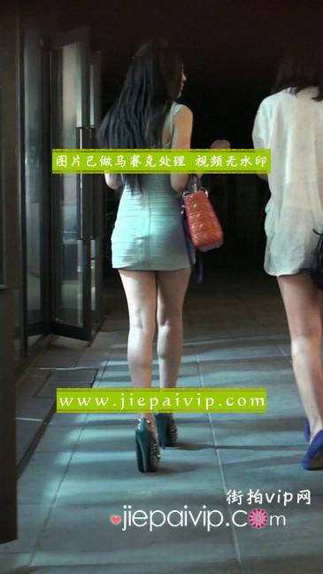 大搔货刚小希来了(第二季):蓝色包臀深V爆乳,同样的高跟鞋29