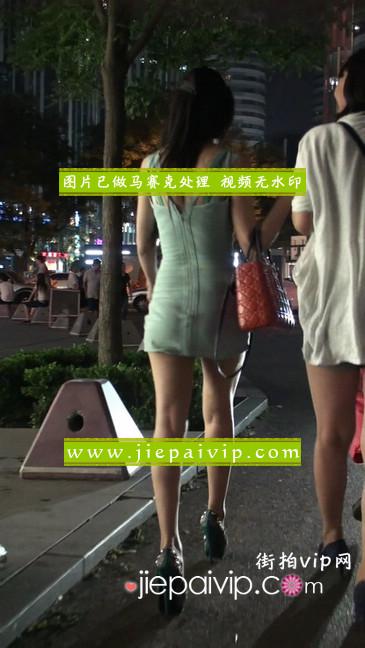 大搔货刚小希来了(第二季):蓝色包臀深V爆乳,同样的高跟鞋31