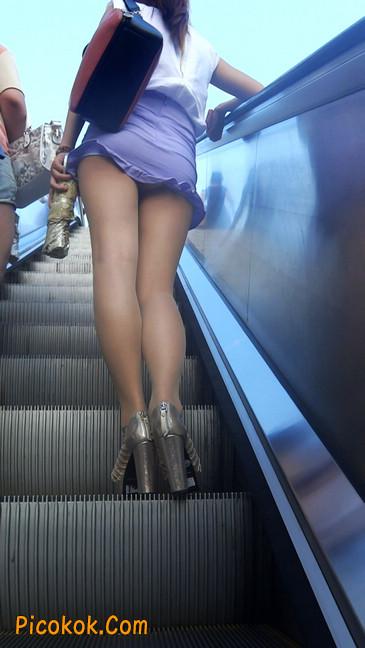 街拍,美女穿着又短又紧的裙子10