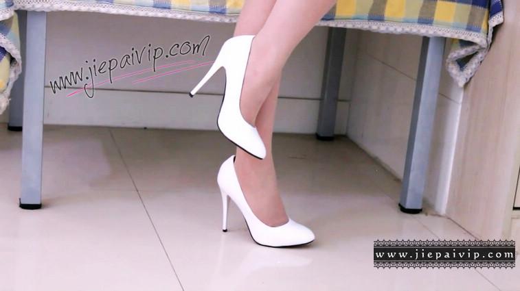 短片490-Vivian的清秀白色高跟鞋短片4
