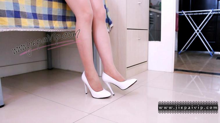 短片490-Vivian的清秀白色高跟鞋短片7