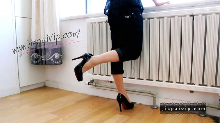 短片492-Vivian的浅口漆皮红底高跟鞋短片7