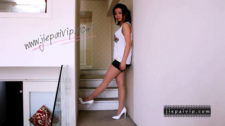 短片503-Vivian的白色细高跟鞋视频