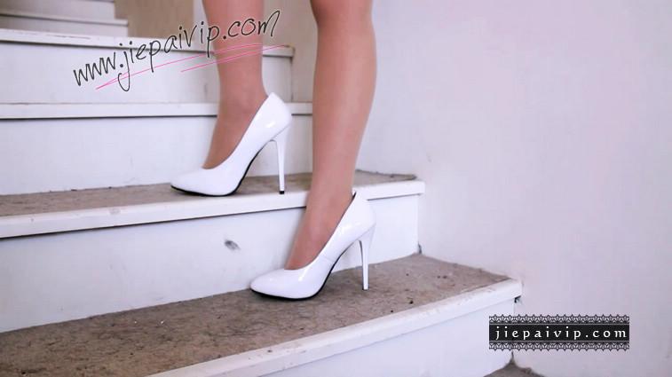 短片503-Vivian的白色细高跟鞋视频1
