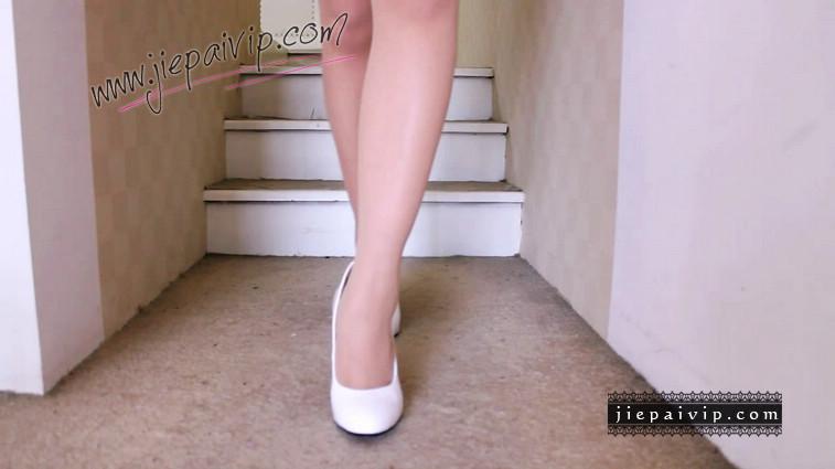 短片503-Vivian的白色细高跟鞋视频3