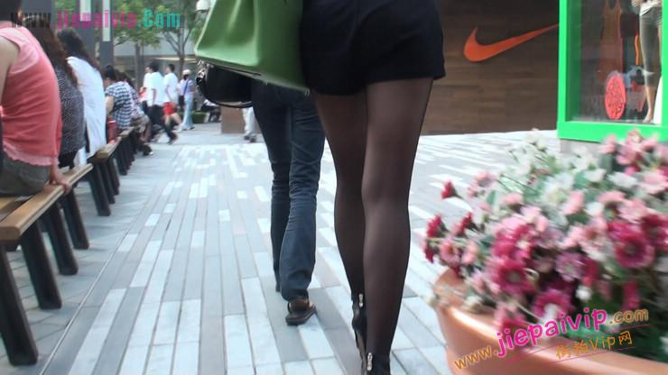 北京三里屯街拍美女,超有气质17