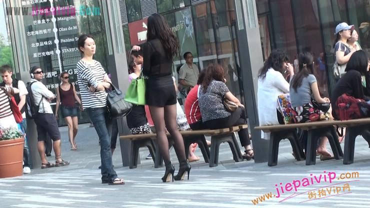北京三里屯街拍美女,超有气质18
