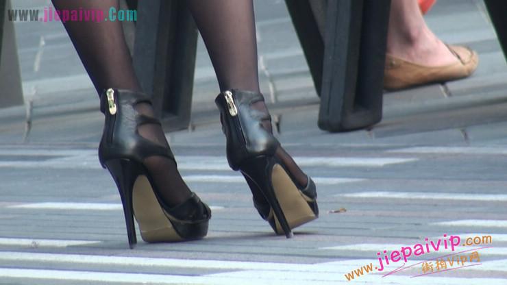 北京三里屯街拍美女,超有气质21
