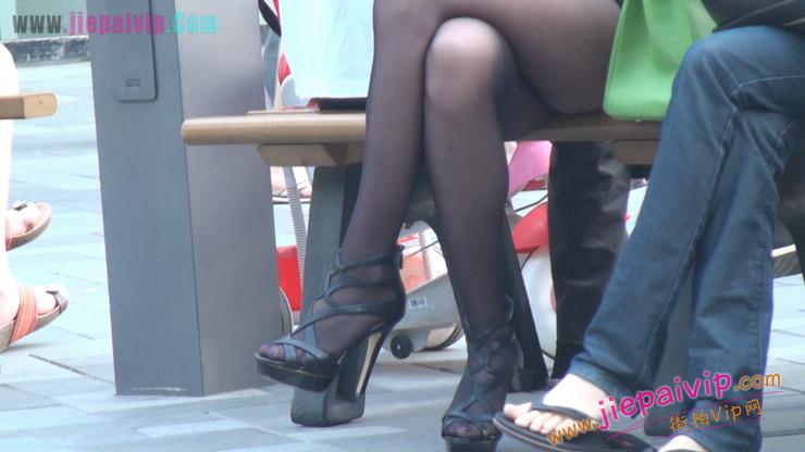 北京三里屯街拍美女,超有气质26