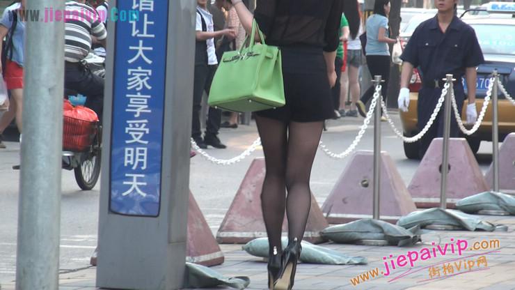 北京三里屯街拍美女,超有气质47