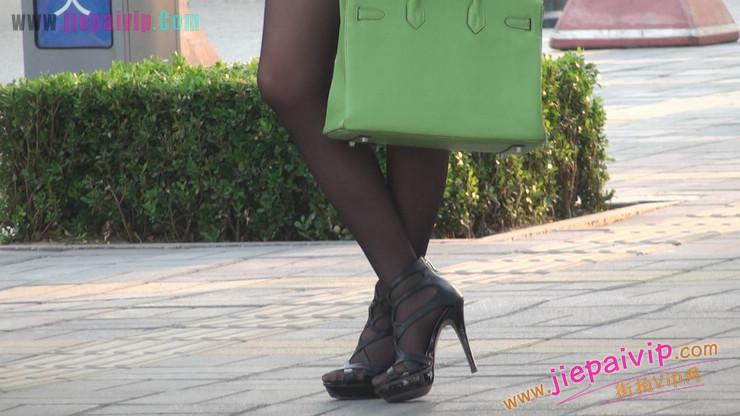 北京三里屯街拍美女,超有气质56