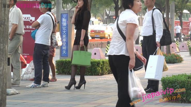 北京三里屯街拍美女,超有气质58