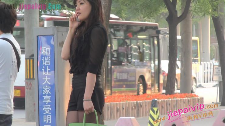 北京三里屯街拍美女,超有气质59