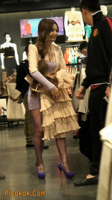 丝丝会紫色网袜的高跟极品美女18