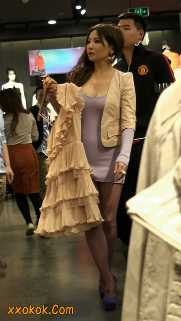 丝丝会紫色网袜的高跟极品美女20