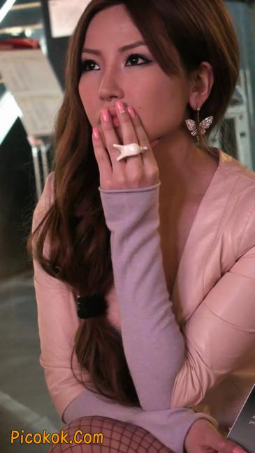 丝丝会紫色网袜的高跟极品美女41