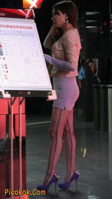 丝丝会紫色网袜的高跟极品美女59