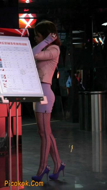 丝丝会紫色网袜的高跟极品美女60