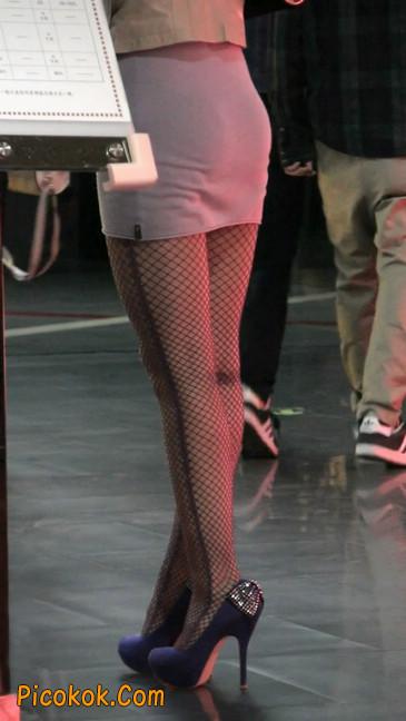 丝丝会紫色网袜的高跟极品美女63