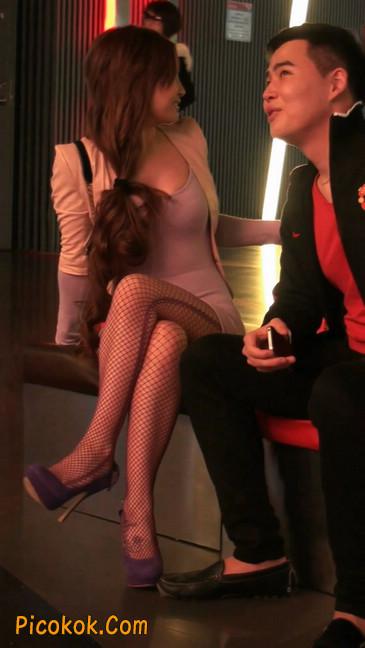 丝丝会紫色网袜的高跟极品美女86