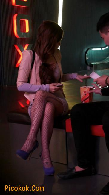 丝丝会紫色网袜的高跟极品美女106