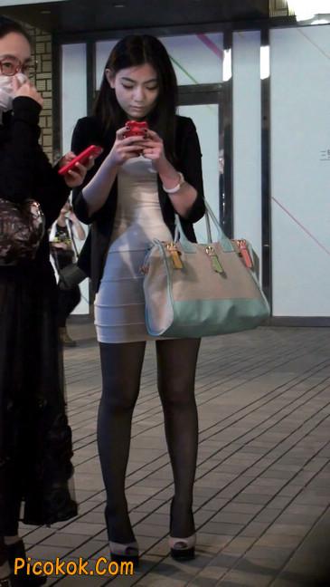 黑丝短裙紧身包臀的清纯美女,实际上并不清纯1