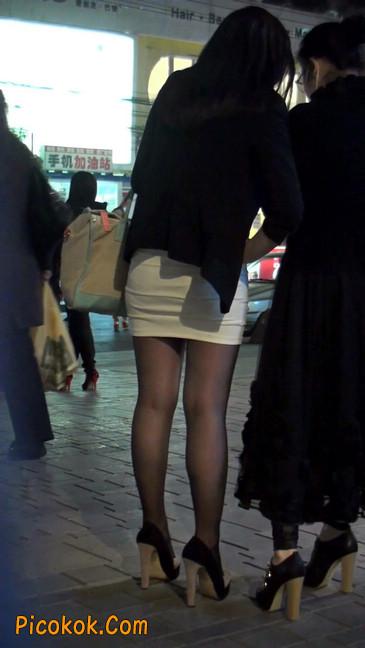 黑丝短裙紧身包臀的清纯美女,实际上并不清纯7