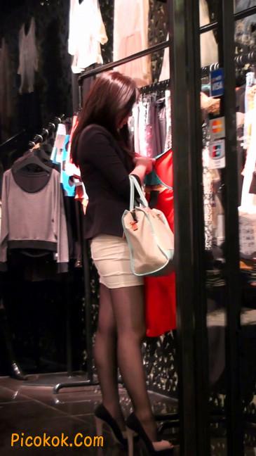 黑丝短裙紧身包臀的清纯美女,实际上并不清纯26