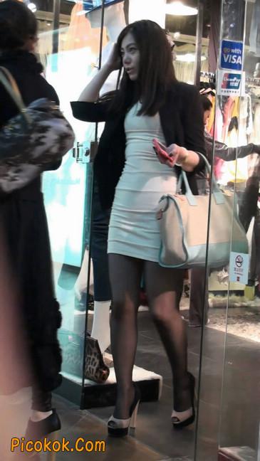黑丝短裙紧身包臀的清纯美女,实际上并不清纯44