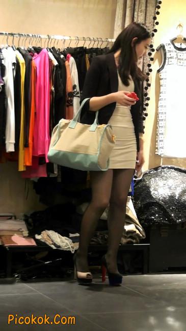 黑丝短裙紧身包臀的清纯美女,实际上并不清纯47