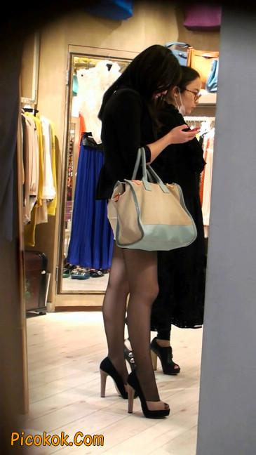 黑丝短裙紧身包臀的清纯美女,实际上并不清纯51