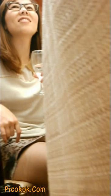 极品肉丝美腿少妇让你怦然心动