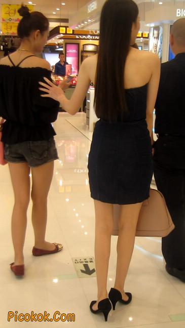 如此性感身材白嫩美腿,女人看了都妒忌15