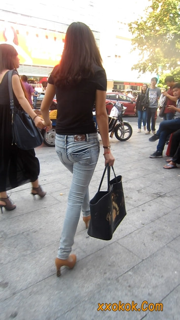 街拍,紧身牛仔裤,男人的尤物10