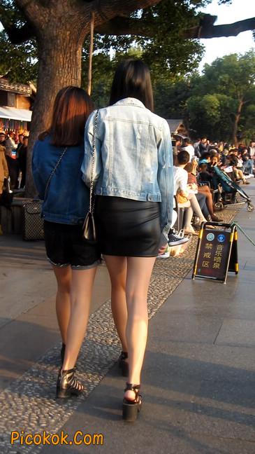 皮质小热裤美女绝对经典这身材太赞了4