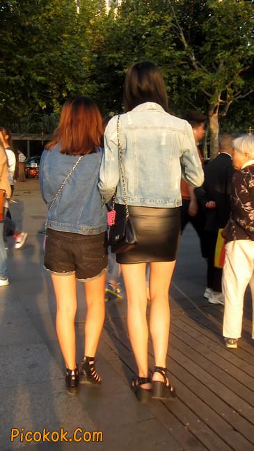皮质小热裤美女绝对经典这身材太赞了8