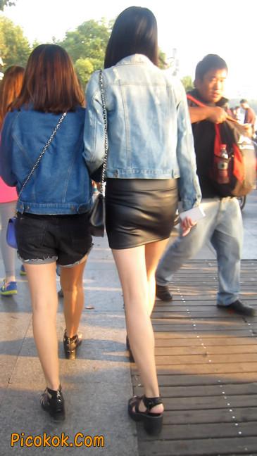 皮质小热裤美女绝对经典这身材太赞了9