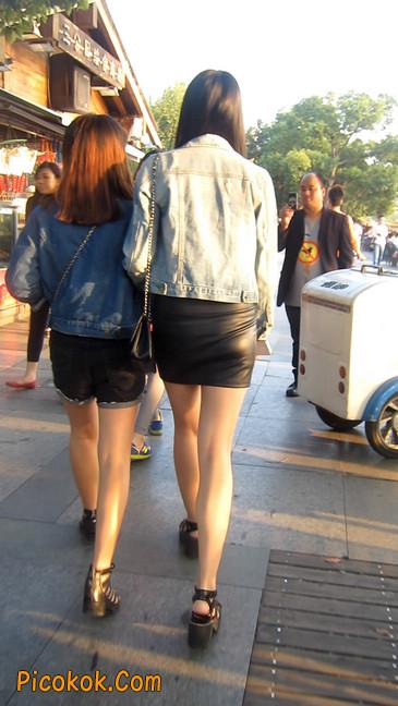 皮质小热裤美女绝对经典这身材太赞了10