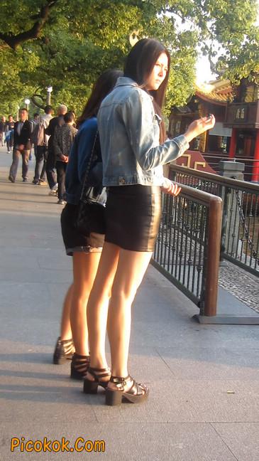 皮质小热裤美女绝对经典这身材太赞了16