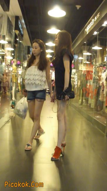 街拍北京三里屯的美女2