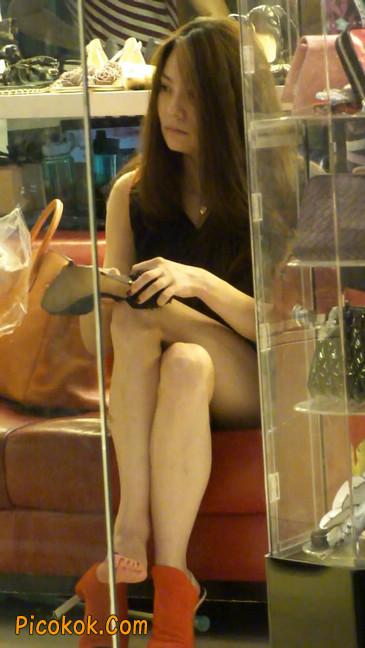 街拍北京三里屯的美女4