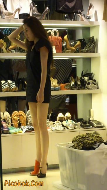 街拍北京三里屯的美女6