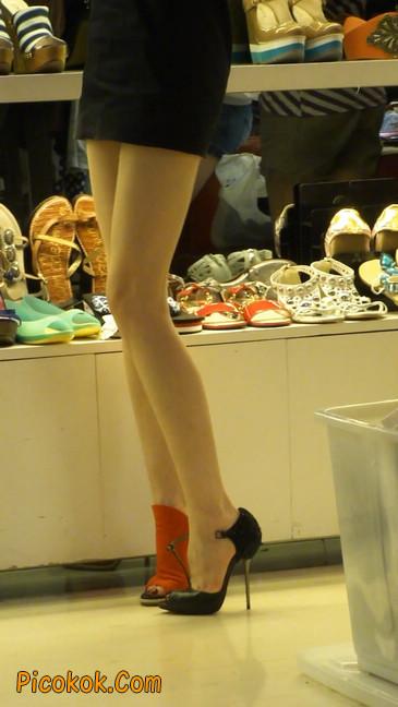 街拍北京三里屯的美女7