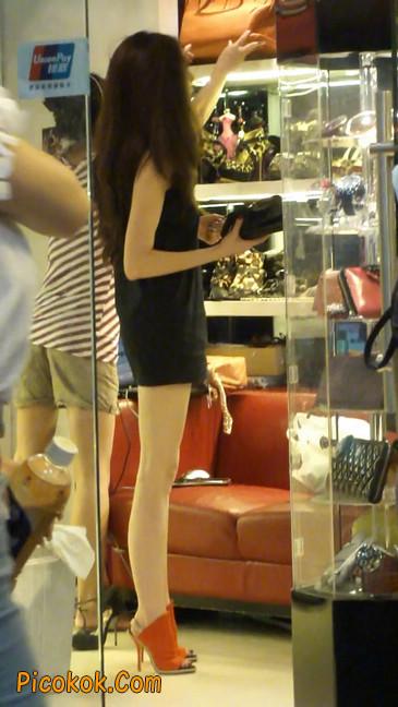 街拍北京三里屯的美女11