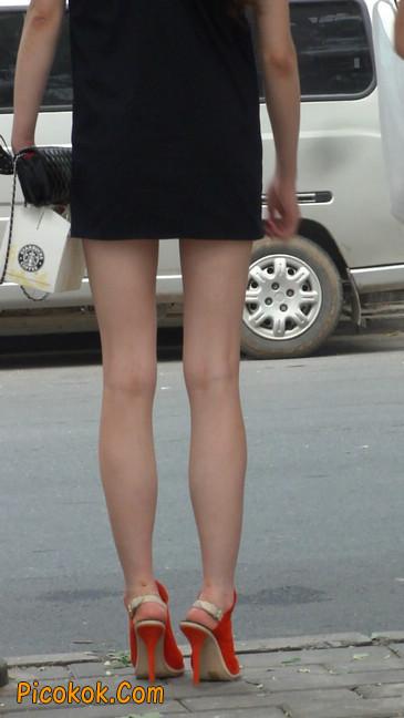 街拍北京三里屯的美女18